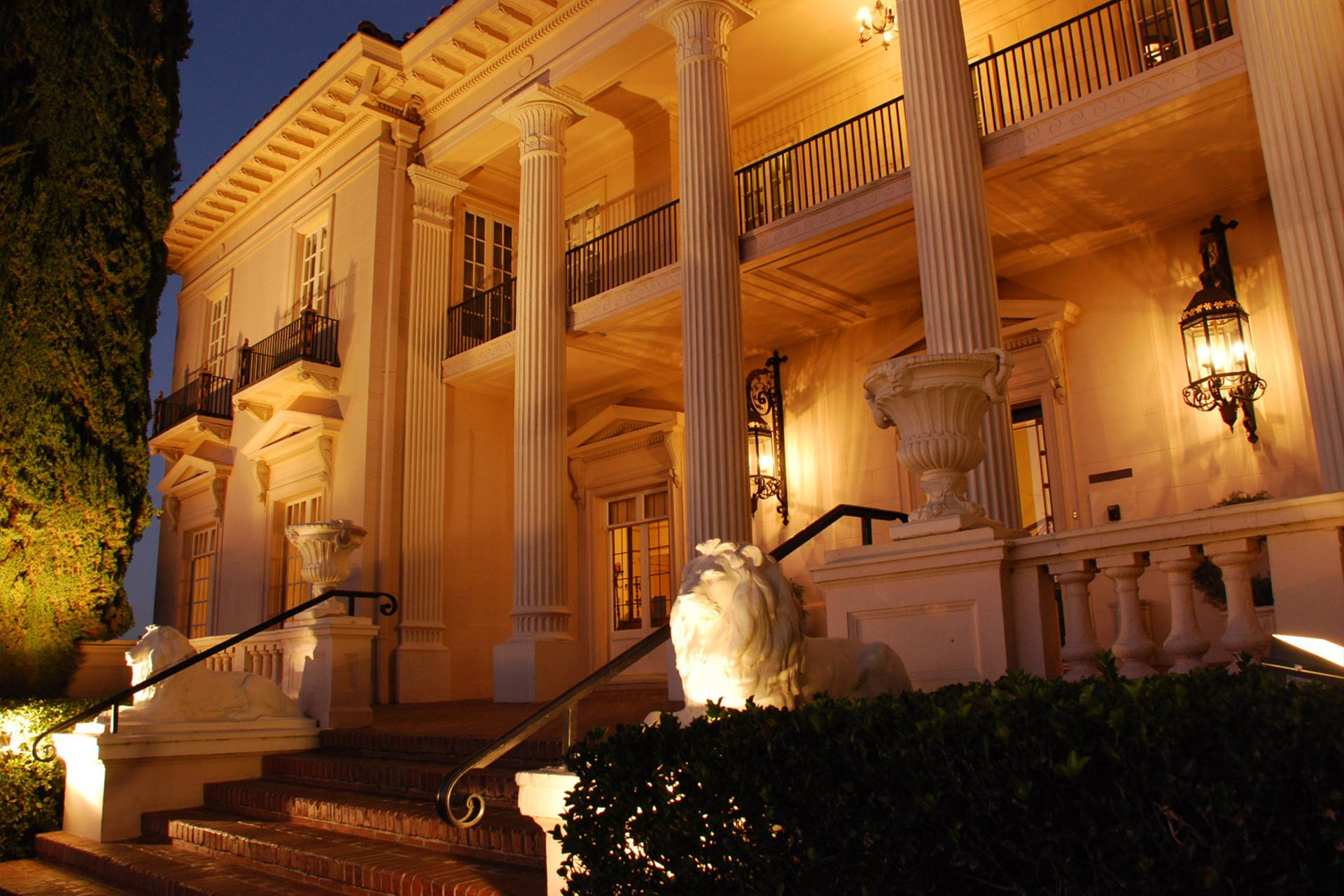 Beautiful Weddings And Receptions At The Grand Island Mansion